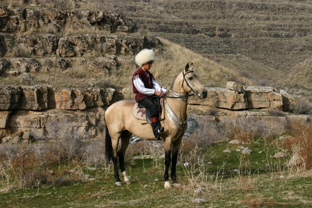 IMG 0126 1 1024x683 - TURKMENISTAN – historia i nieskalana natura - wyprawa
