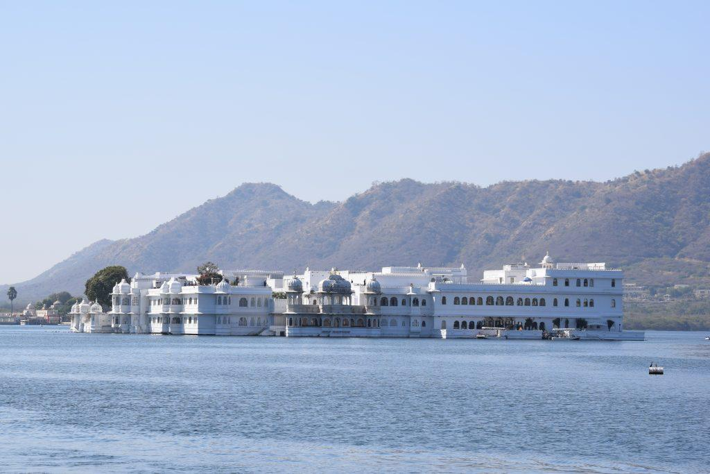 Lake Palace Hotel at Udaipur 1024x683 - INDIE: Radżastan i wycieczka na Goa