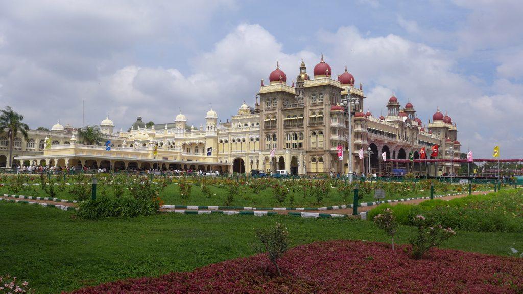Palace of Mysure 1024x575 - INDIE POŁUDNIOWE: Kerala i festiwal Theyyam - wycieczka