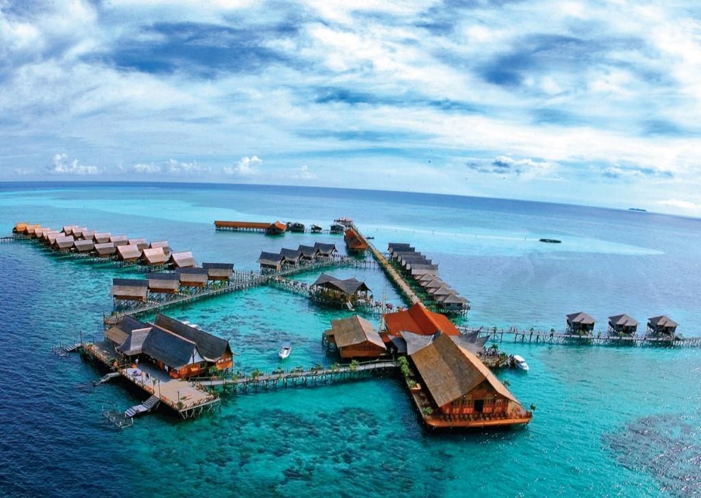 SBAH Sipadan Island 1 1024x728 - MALEZJA – BRUNEI – BORNEO – SINGAPUR – wyprawa magiczna