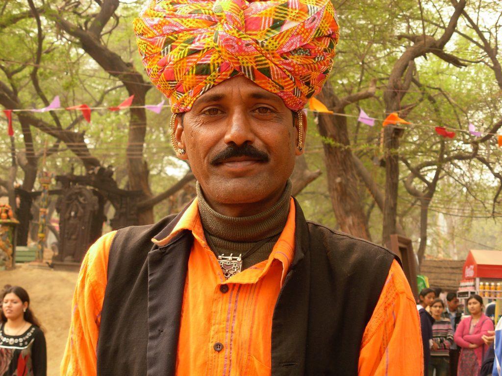 Tribal Man 1024x768 - INDIE: Radżastan i wycieczka na Goa