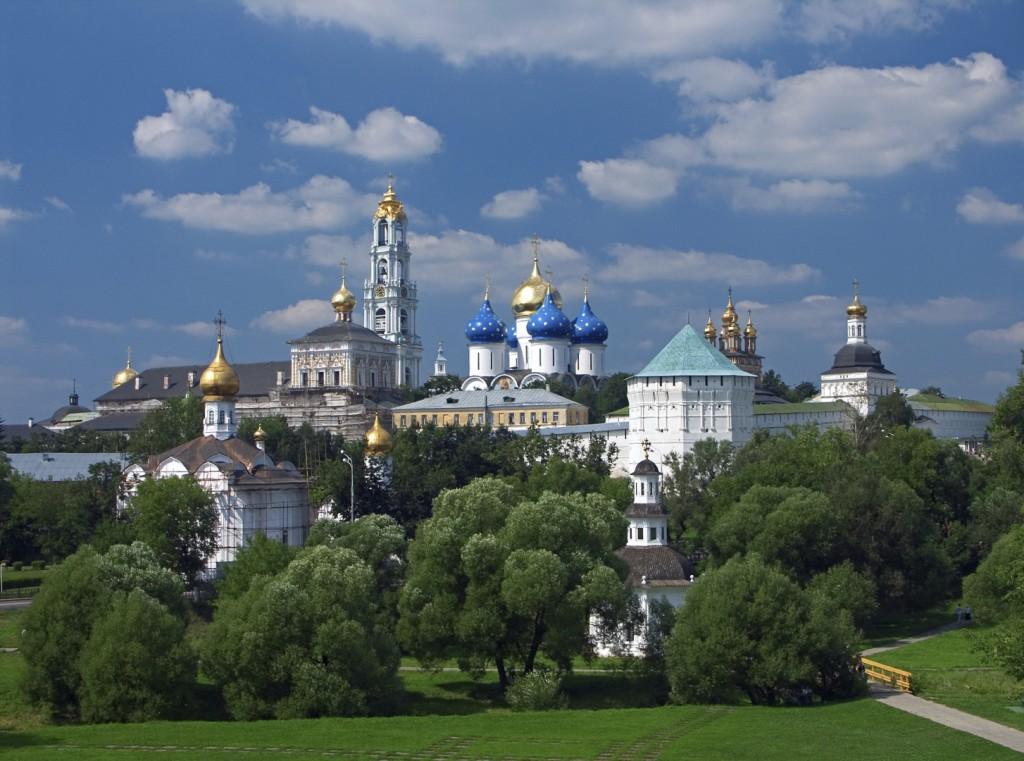 moskwa iStock 000001311280Medium 1 1024x761 - ROSJA: Moskwa - ZŁOTY PIERŚCIEŃ - wyprawa