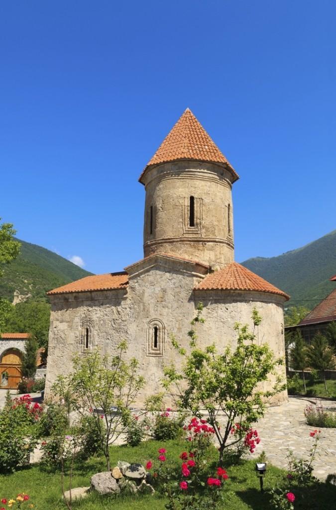 stock photo 20615263 albanian church in kish azerbaijan 675x1024 - AZERBEJDŻAN – wyprawa do krainy wiecznego ognia