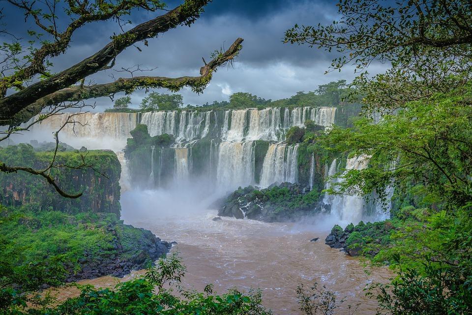 waterfall 1288817 960 720 - BRAZYLIA z Amazonią, Foz do Iguazu i Pantanalem - wycieczka