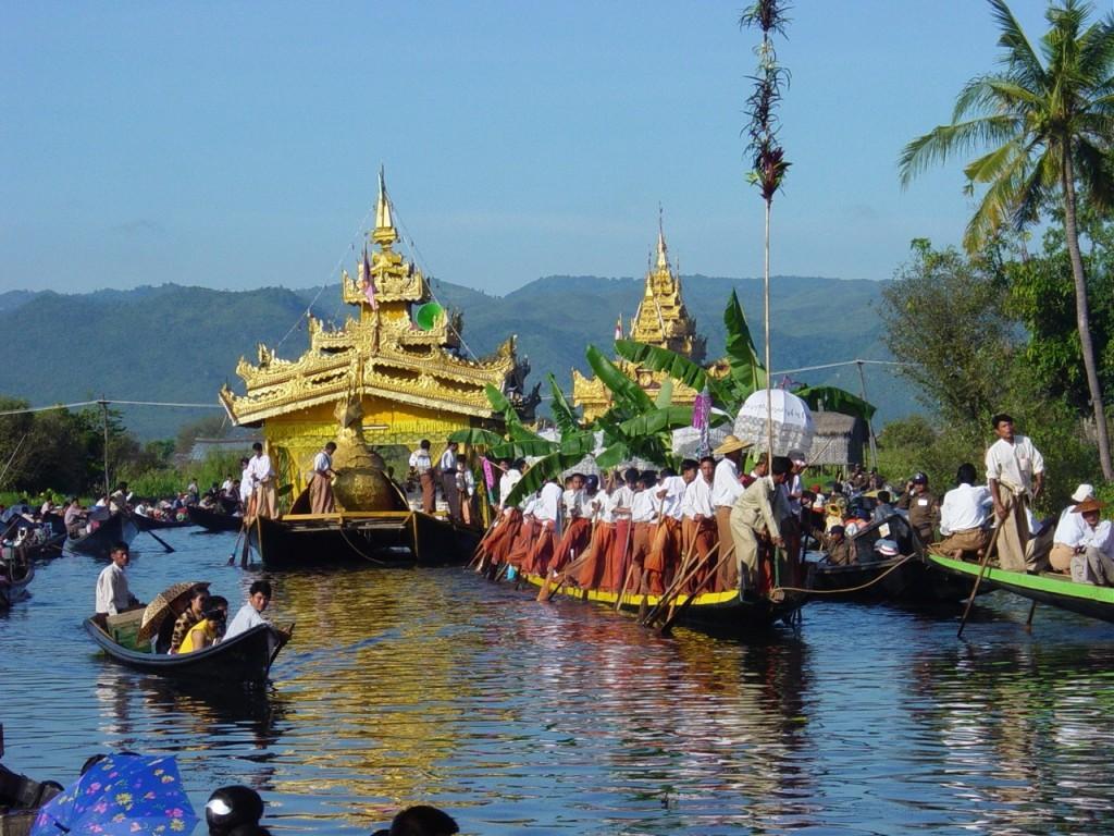 hphotos 13 1024x768 - BIRMA: wyprawa na Festiwal w pagodzie Phaung Daw Oo