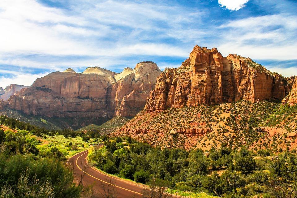 zion 2271158 960 720 - USA: Najpiękniejsze miejsca Zachodnich Stanów