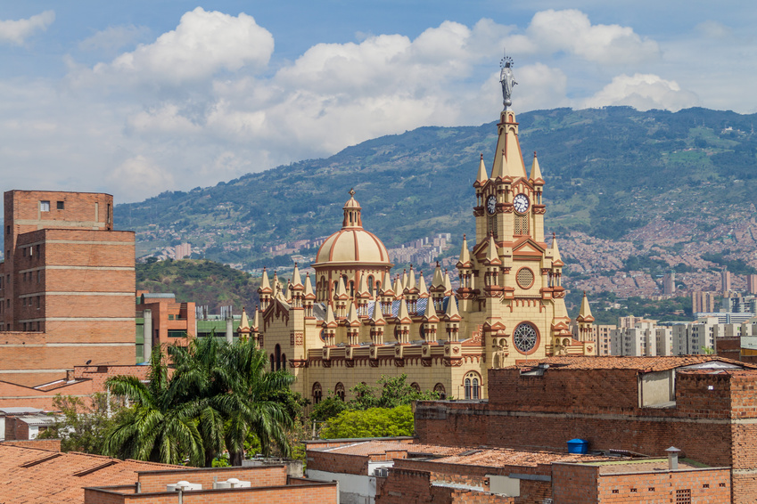 Fotolia 100684818 S - KOLUMBIA – wyprawa do San Escobar - wieloryby i Indianie…