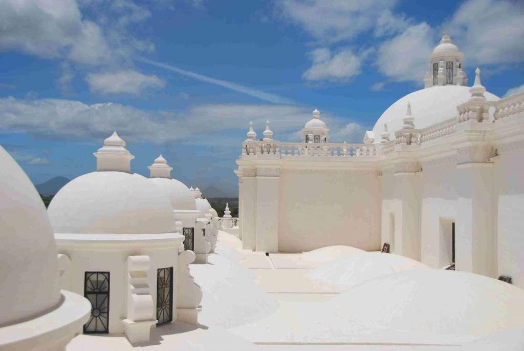 Dach Katedry w Leon NIkaragua 1024x685 - KOSTARYKA, NIKARAGUA I PANAMA  – SZLAKIEM KOLORÓW NATURY