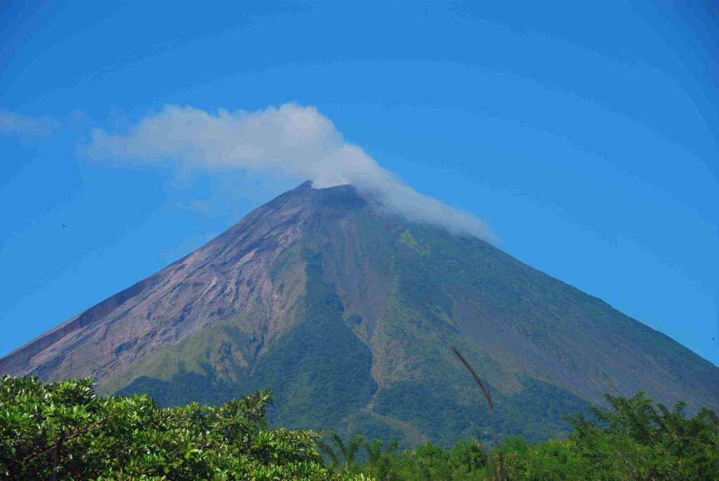 Wulkan Concepcion Wyspa Ometepe NIkaragua 1024x685 - KOSTARYKA, NIKARAGUA I PANAMA  – SZLAKIEM KOLORÓW NATURY