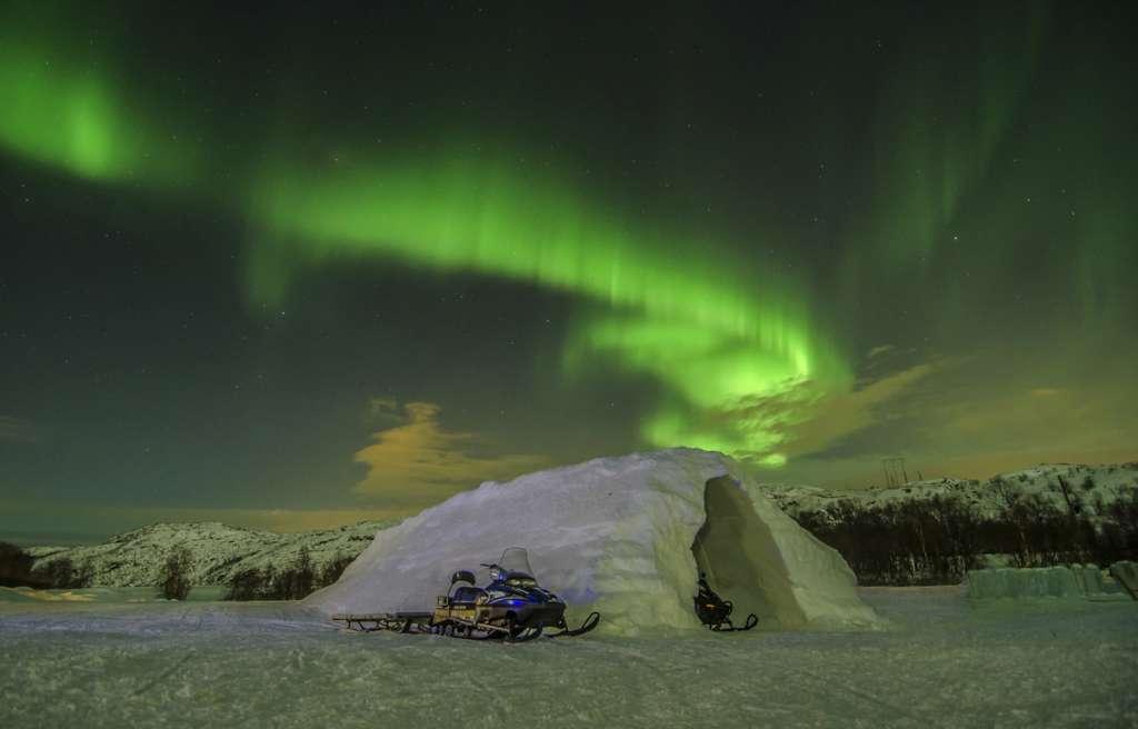 149a42 643a345be9444649ad0abacb2855cf88mv2 d 3780 2422 s 4 2 1 1024x656 - NORWEGIA: rejs statkiem do Kirkenes i sylwester w lodowym hotelu