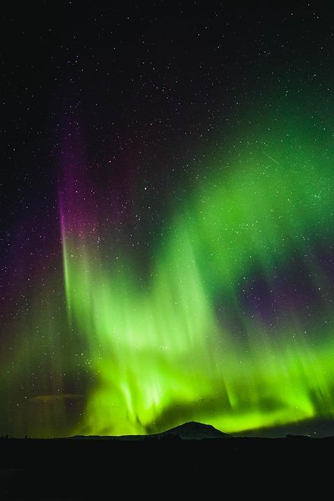 astronomy 3021649 960 720 - ISLANDIA – zorza polarna, lodowce, gejzery i wodospady - wycieczka