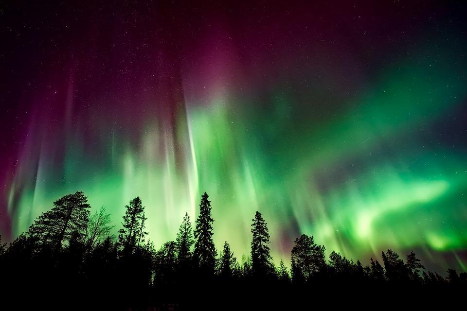 aurora borealis 2647474 960 720 - ISLANDIA – zorza polarna, lodowce, gejzery i wodospady - wycieczka
