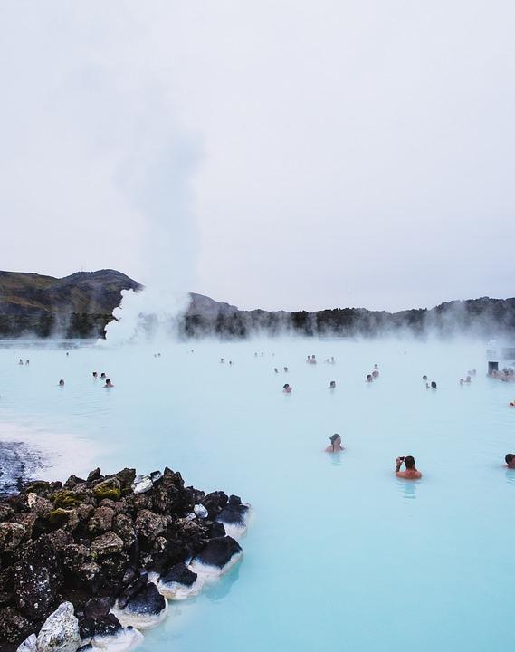 blue lagoon 569346 960 720 - ISLANDIA – zorza polarna, lodowce, gejzery i wodospady - wycieczka