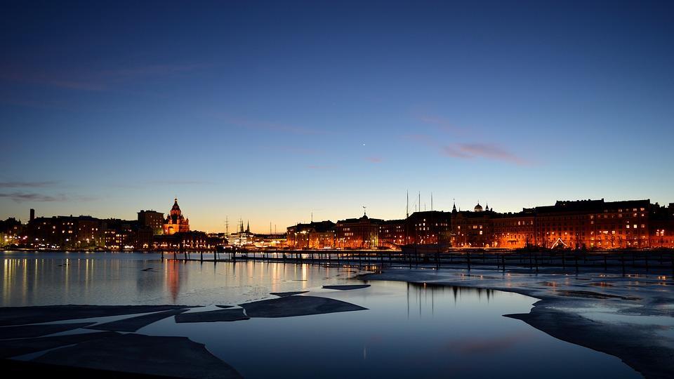 helsinki 2005916 960 720 - FINLANDIA: Helsinki, Laponia, zorza polarna i Święty Mikołaj - wycieczka