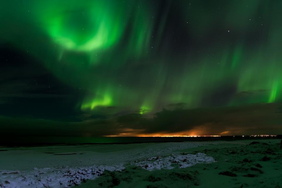iceland 2175944 960 720 - ISLANDIA – zorza polarna, lodowce, gejzery i wodospady - wycieczka