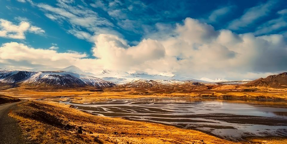 iceland 2494793 960 720 - ISLANDIA – zorza polarna, lodowce, gejzery i wodospady - wycieczka