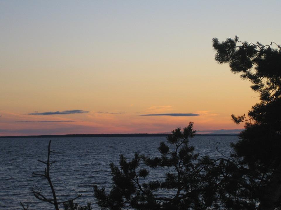 in oulu lake 320360 960 720 - FINLANDIA: Helsinki, Laponia, zorza polarna i Święty Mikołaj - wycieczka