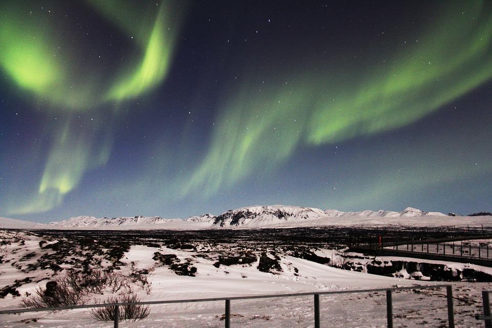 northern lights 1191241 960 720 - ISLANDIA – zorza polarna, lodowce, gejzery i wodospady - wycieczka