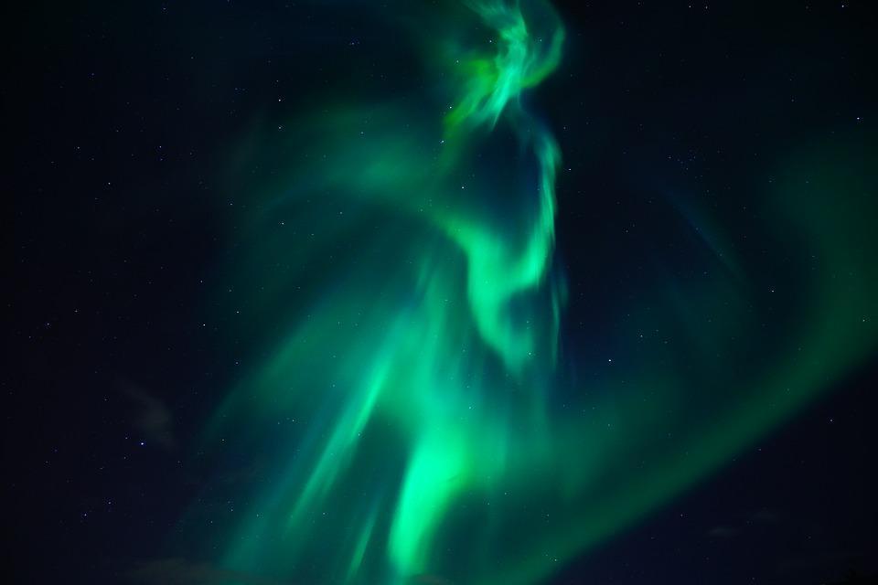 northern lights 3273425 960 720 - ISLANDIA – zorza polarna, lodowce, gejzery i wodospady - wycieczka