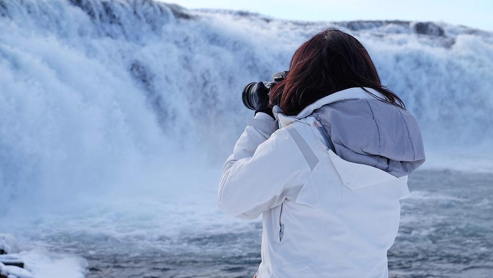 white 1298563 960 720 - ISLANDIA – zorza polarna, lodowce, gejzery i wodospady - wycieczka