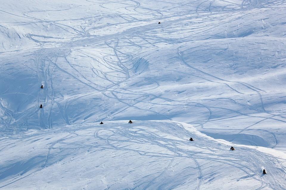 volcano 2785459 960 720 - NORWEGIA: rejs statkiem do Kirkenes i sylwester w lodowym hotelu