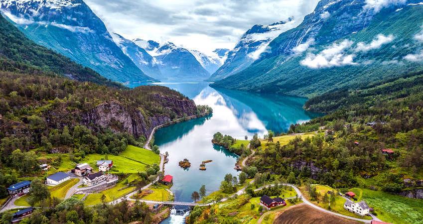 SKANDYNAWIA: Fiordy Norwegii i  3 stolice Skandynawii – wyprawa na Nordkapp