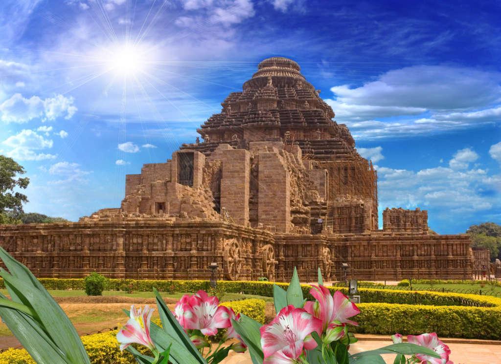 Fotolia 40951343 Subscription Monthly M 1024x745 - INDIE: Orisa – Andamany – wyprawa niezwykła