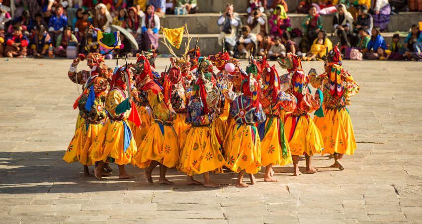 BHUTAN – BANGLADESZ: wyprawa na Festiwal Jambay Lhakhang