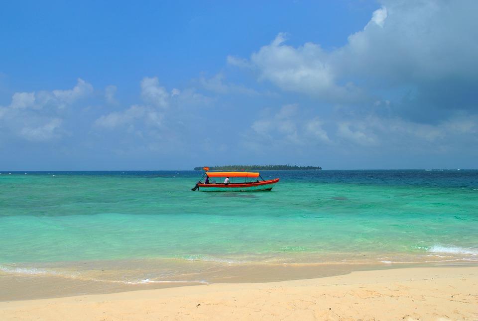 beach 1665370 960 720 - 8 KRAJÓW AMERYKI ŚRODKOWEJ
