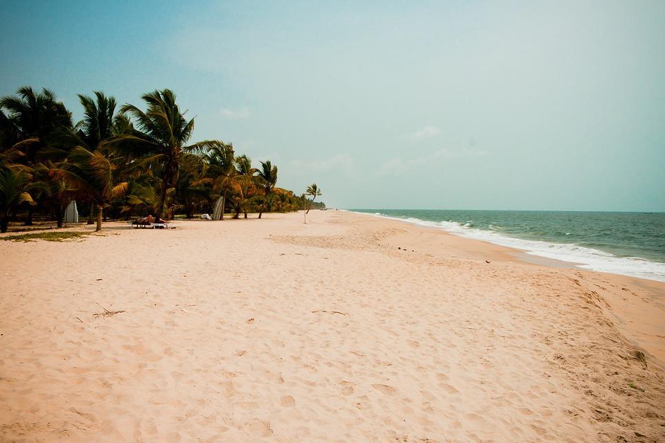 beach 2075839 960 720 - INDIE POŁUDNIOWE: Kerala i festiwal Theyyam - wycieczka