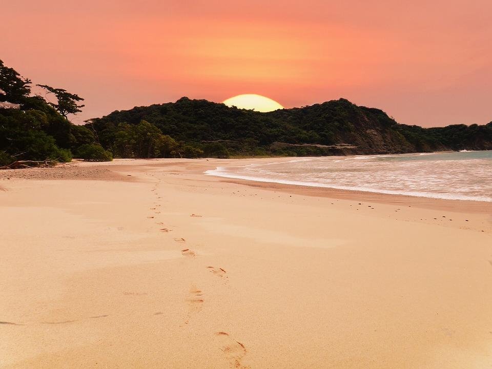 beach 2580656 960 720 - KOSTARYKA, NIKARAGUA I PANAMA  – SZLAKIEM KOLORÓW NATURY