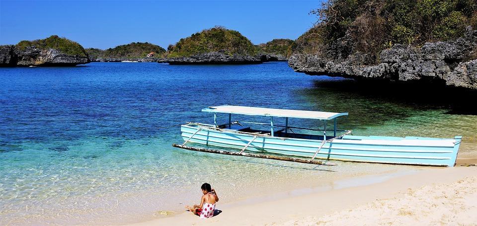 beach 3093942 960 720 - FILIPINY: Bohol, Cebu, El Nido, Palawan, Manila i tarasy ryżowe Bangaan - wycieczka