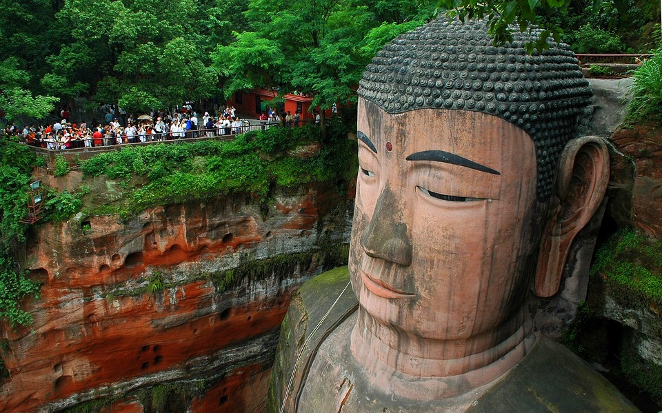 buddha 1858957 960 720 - CHINY POŁUDNIOWE: Syczuan – Yunnan: wyprawa na Festiwal Pochodni