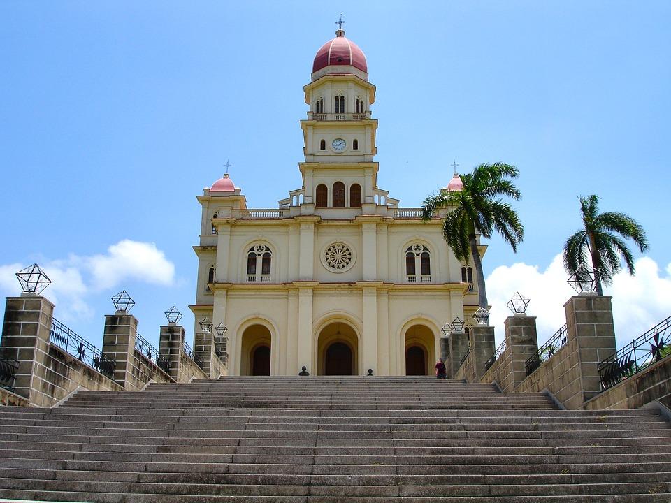 cathedral 1872574 960 720 - KUBA – wyprawa w rytmie kubańskiej salsy