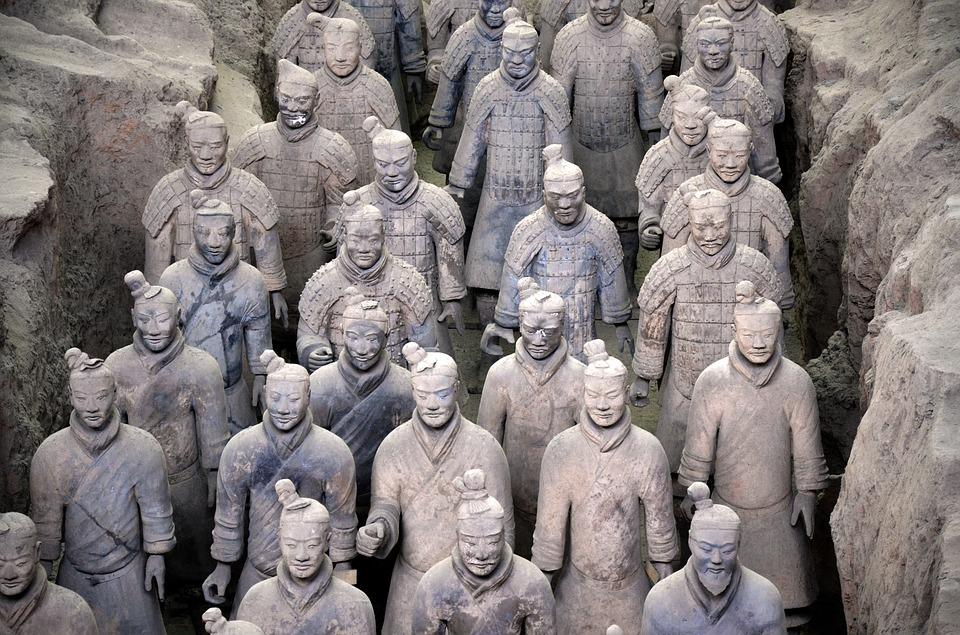 china 1269582 960 720 - CHINY: Największe atrakcje Państwa Środka – Góry Tęczowe, rejs po Jangcy, Park Zhangjiajie