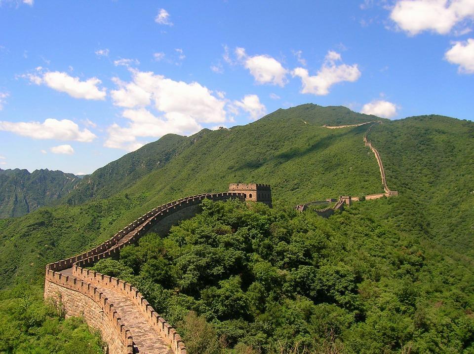 china 95571 960 720 - CHINY: Największe atrakcje Państwa Środka – Góry Tęczowe, rejs po Jangcy, Park Zhangjiajie