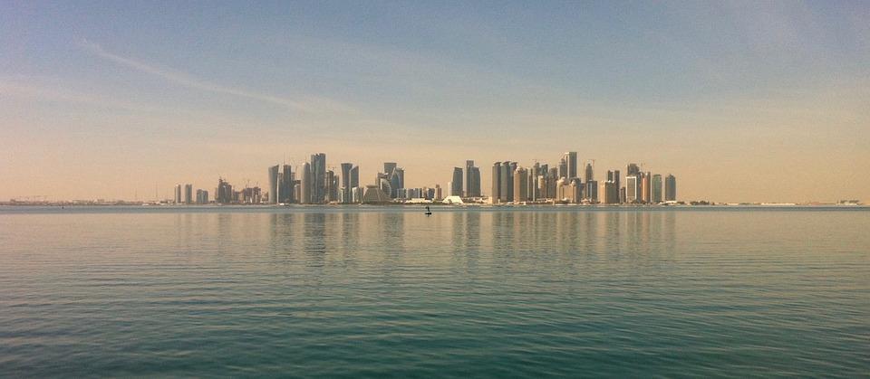 doha 2366127 960 720 - PÓŁWYSEP ARABSKI: Emiraty Arabskie – Oman – Kuwejt – Bahrajn – Katar – niezwykła wyprawa