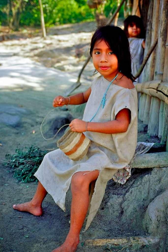 dziewczynka ze spolecznosci koguis w kolumbii 1 683x1024 - PANAMA – KOLUMBIA: wyprawa na Archipelag San Blas
