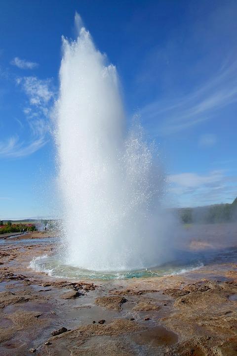 geyser 921782 960 720 - ISLANDIA: magiczna wyprawa dookoła wyspy