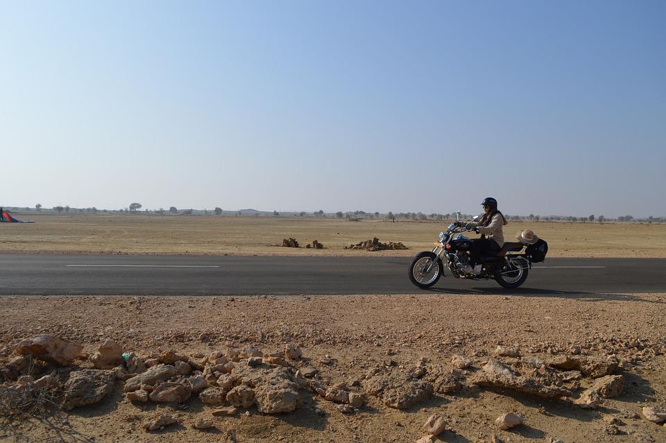 girl 2193834 960 720 - INDIE: Radżastan i wycieczka na Goa