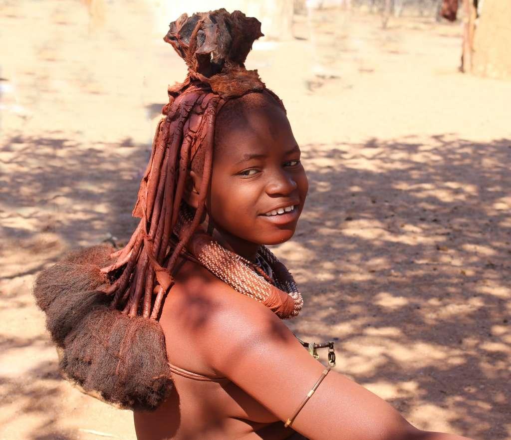 himba1 1024x882 - ANGOLA: wyprawa tropem afrykańskiej mozaiki plemion