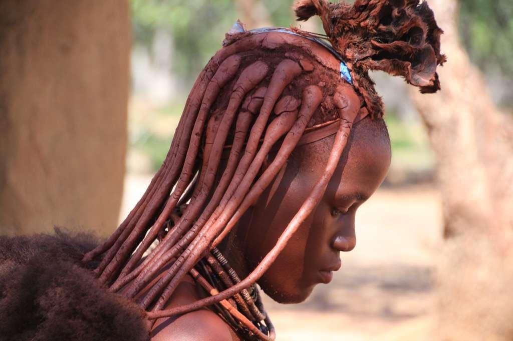 himba3 1024x682 - ANGOLA: wyprawa tropem afrykańskiej mozaiki plemion