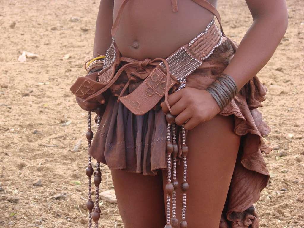 himba4 1024x768 - ANGOLA: wyprawa tropem afrykańskiej mozaiki plemion