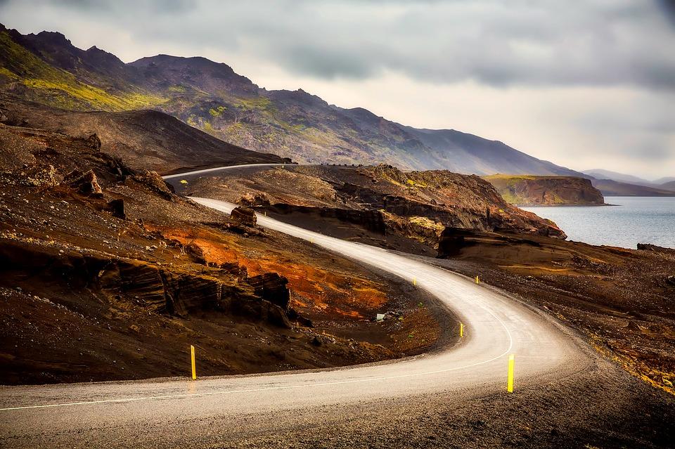 iceland 2361236 960 720 - ISLANDIA: magiczna wyprawa dookoła wyspy