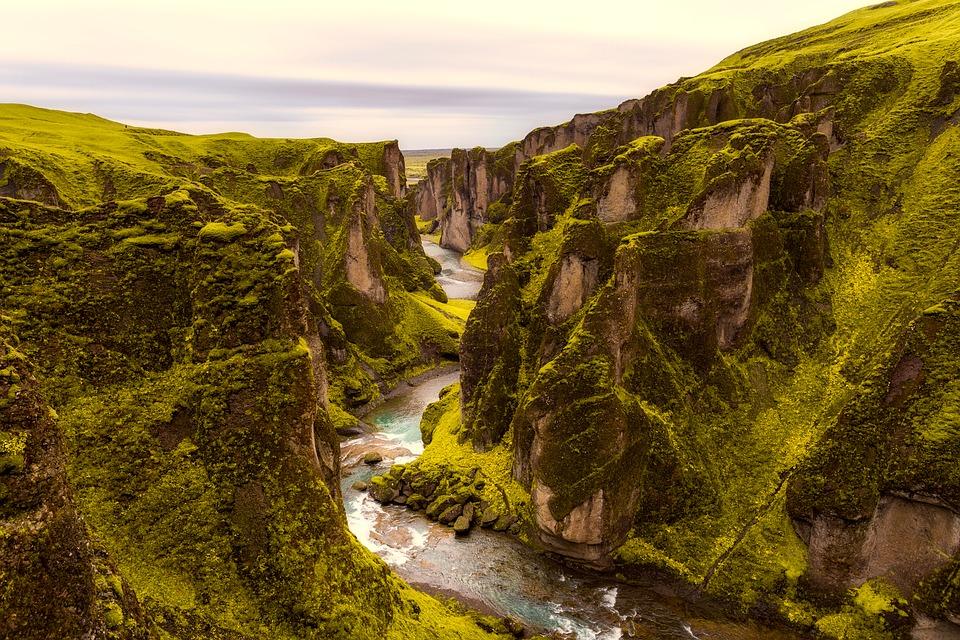 iceland 2692803 960 720 - ISLANDIA: magiczna wyprawa dookoła wyspy