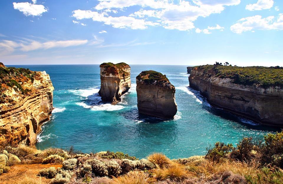 iceland archway 595431 960 720 - AUSTRALIA z Tasmanią: kangury, psy dingo, diabły tasmańskie i misie koala – wyprawa