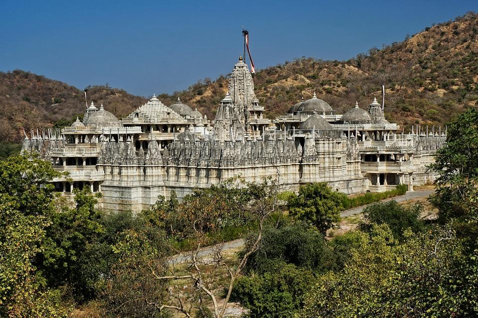 jain temple 3223789 960 720 - INDIE: Radżastan i wycieczka na Goa