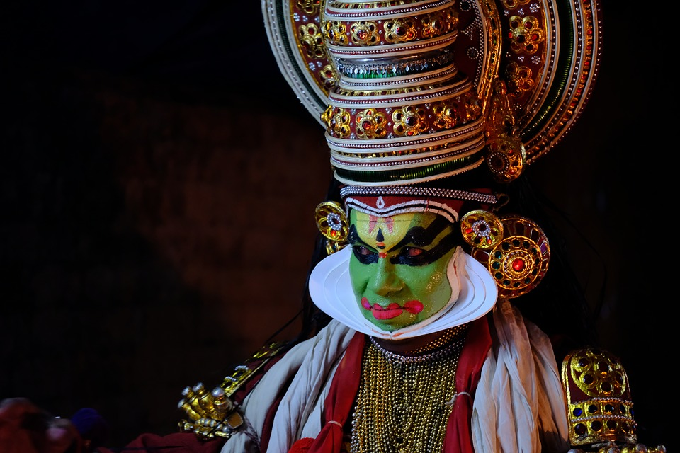 kathakali 3453094 960 720 - INDIE POŁUDNIOWE: Kerala i festiwal Theyyam - wycieczka