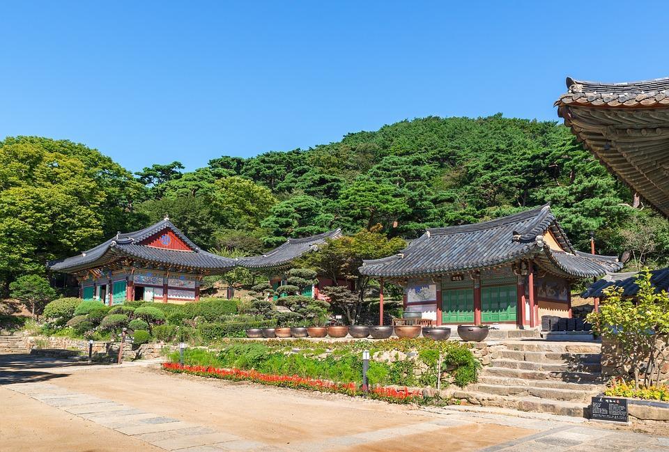 korea 2804715 960 720 - KOREA POŁUDNIOWA z WYSPĄ JEJU – wyprawa na Festiwal Lampionów w Seulu