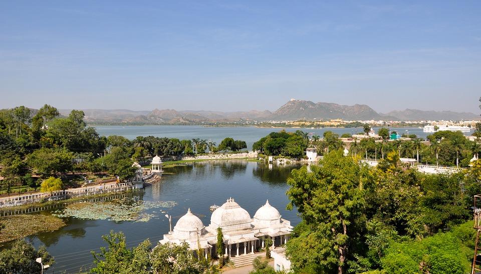 lake pichola 2155531 960 720 - INDIE: Radżastan i wycieczka na Goa
